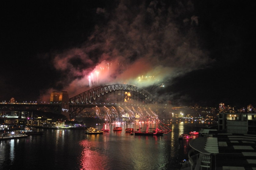Sydney Harbour Bridge get its own pyrotechnic display